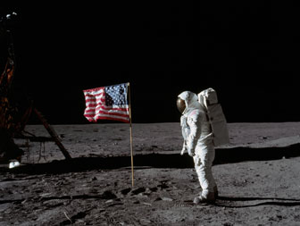 Aldrin on the Moon [Image courtesy: Buzz Aldrin.com]