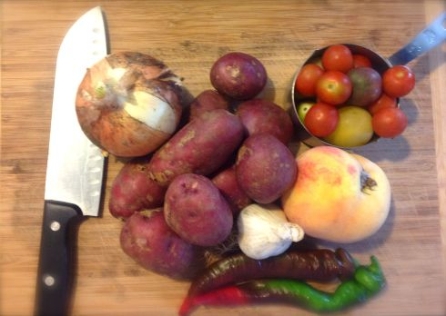 The onion and peach are the ringers here. They were in the fridge and I wanted to use them up. The rest is fresh from the box.