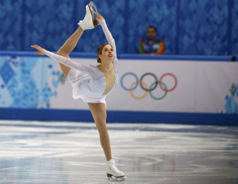 [Carolina Kostner skates her short program during the Sochi Olympics [Image courtesy Yahoo Sports]